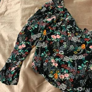 Black floral crop top!